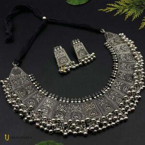 trendy-oxidised-choker-necklace