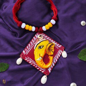 clay-based-ganesha-necklace