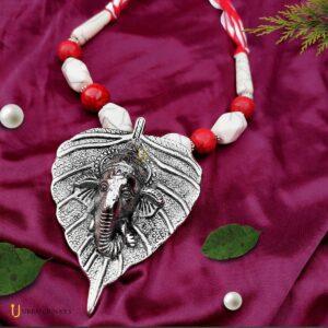 ganesha-leaf-necklace