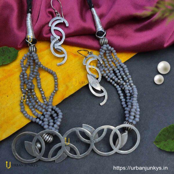 silver-look-alike-choker-set