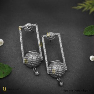 black-polish-ghot-earrings