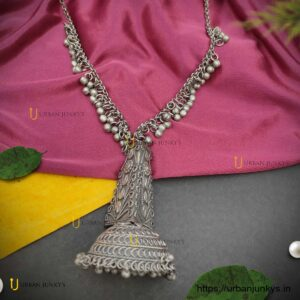 long-necklace-jhumko