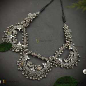 necklace-peacock-blackpolish