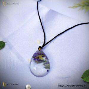 water-drop-resin-necklace